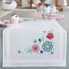 PN-0155020 Набор для вышивания гладью (дорожка на стол) Vervaco Современные цветы